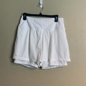 Lucy lighten up layer shorts medium mmm5